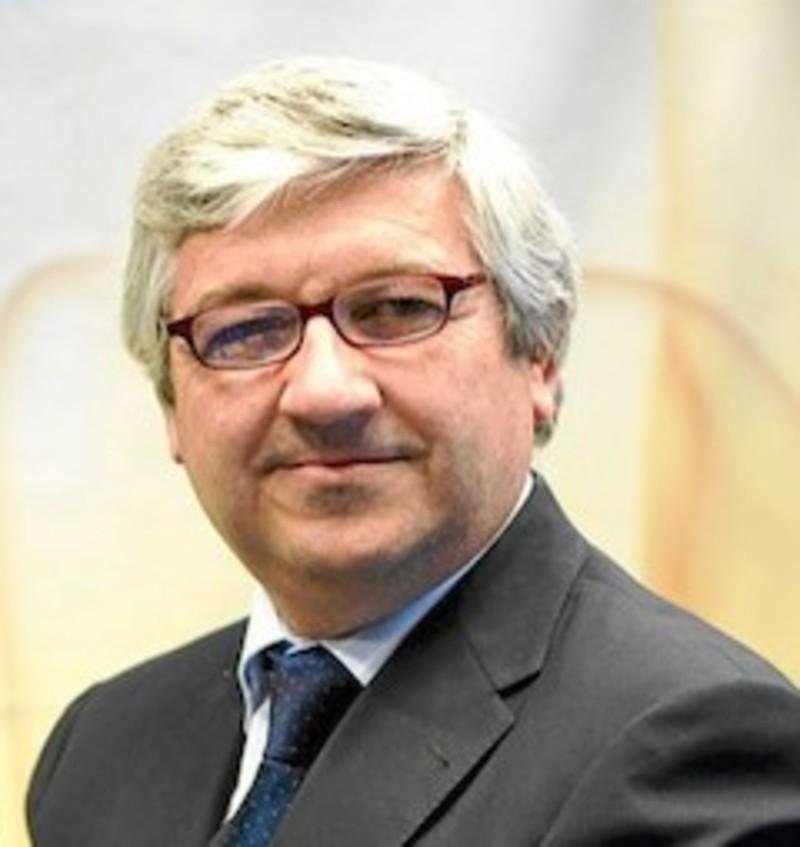 Entrevista al presidente de la Federación Española de Medicina del Deporte. Por Javier Nuez. - maninelledesa