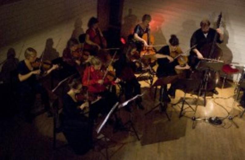 La Orquesta Internacional Rumi Ensemble Desembarca En El